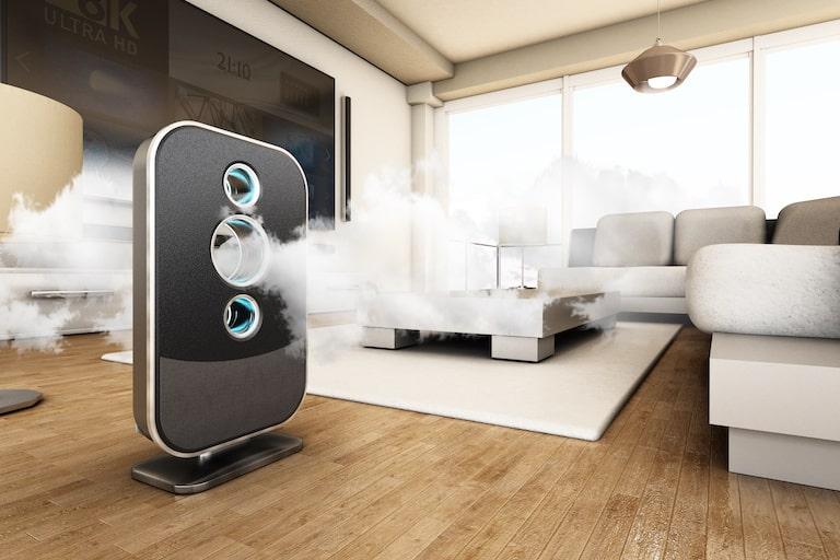 匂いを取りたいときは、空気清浄機と脱臭機のどちらを部屋に置くべき